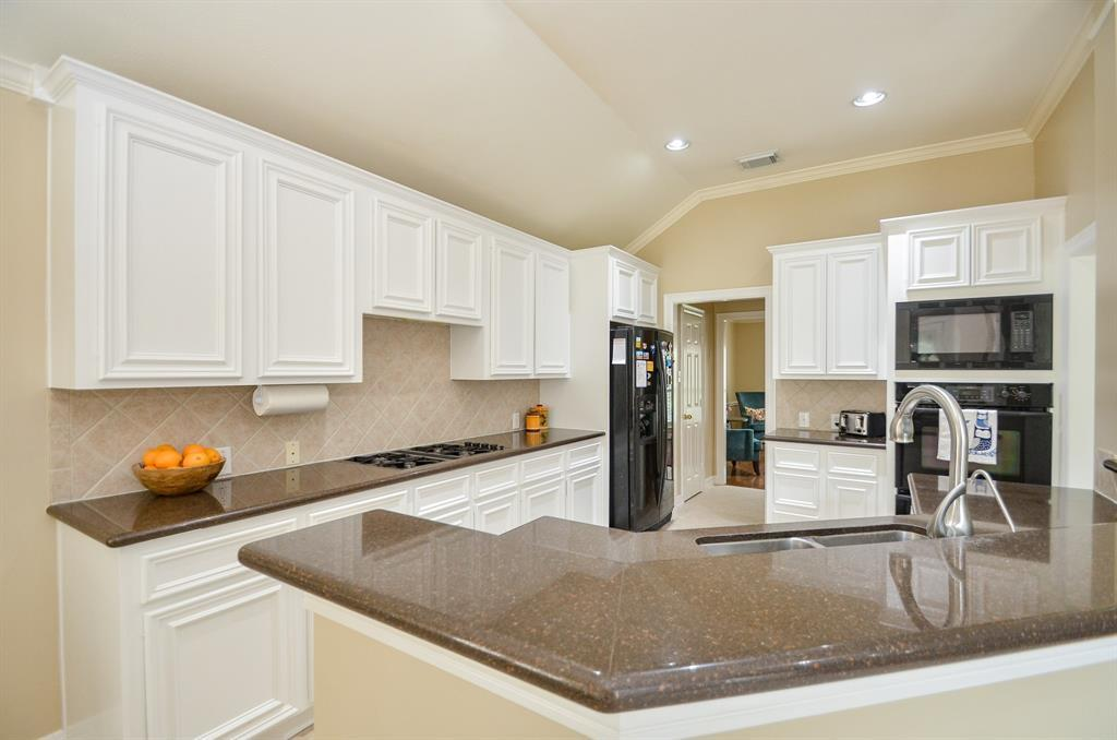 Pending | 3223 Logancrest  Court Katy, TX 77494 28