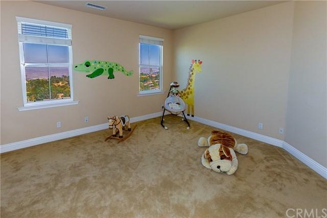 Active   1165 Nick  Circle Corona, CA 92881 26