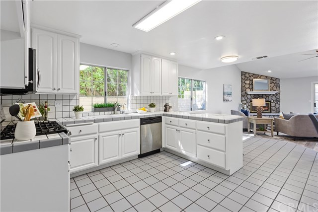 Active | 443 Glendora Mountain Road Glendora, CA 91741 26