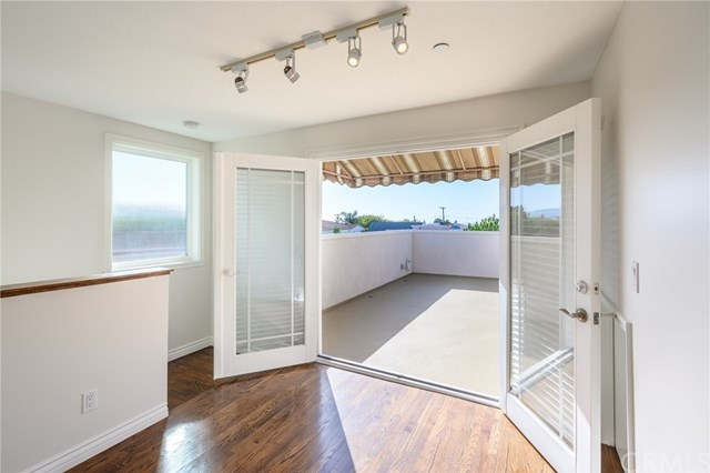 Closed | 215 S Irena Avenue #B Redondo Beach, CA 90277 63