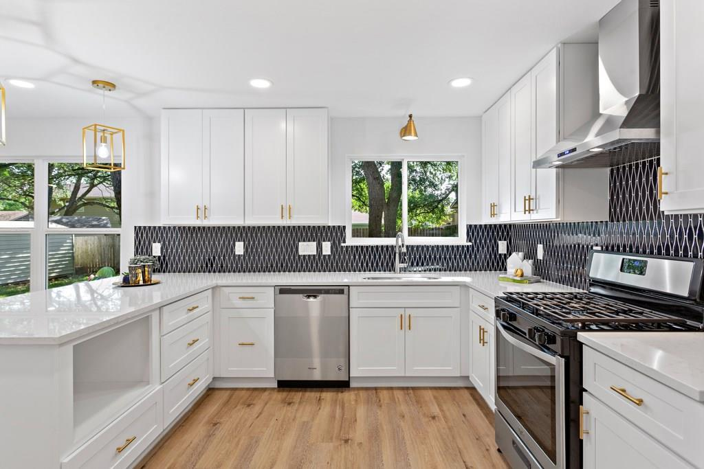 Sold Property | 11907 Hardwood  TRL Austin, TX 78750 11