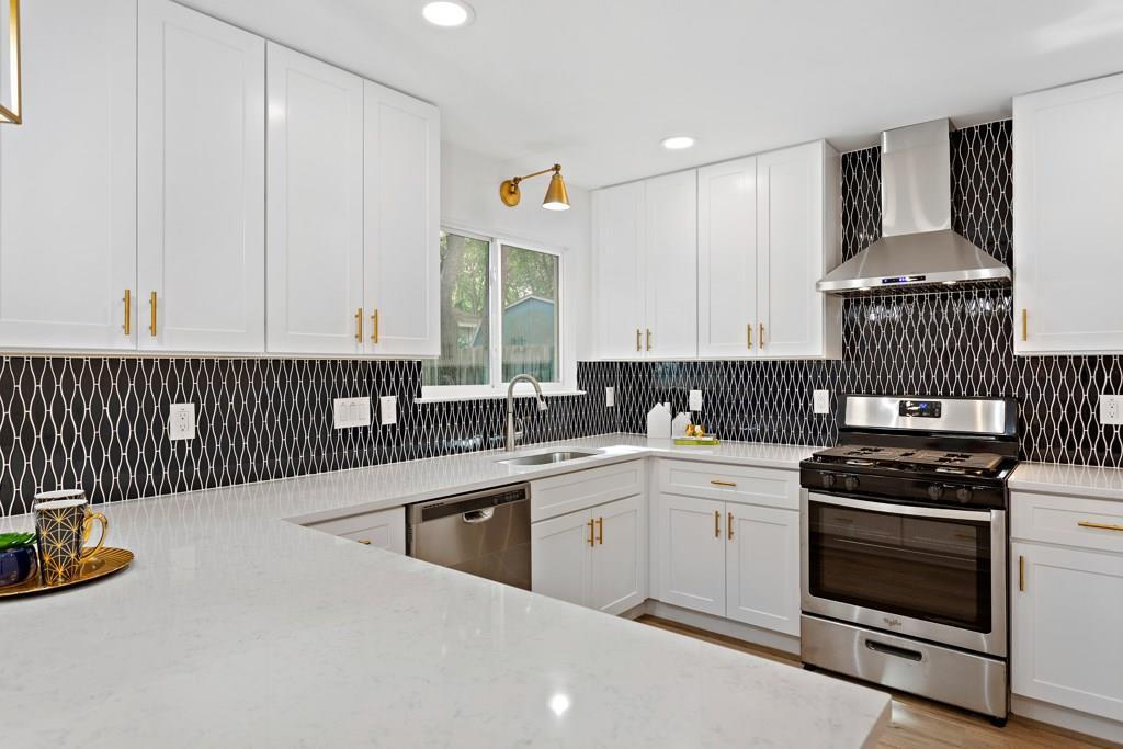 Sold Property | 11907 Hardwood  TRL Austin, TX 78750 12