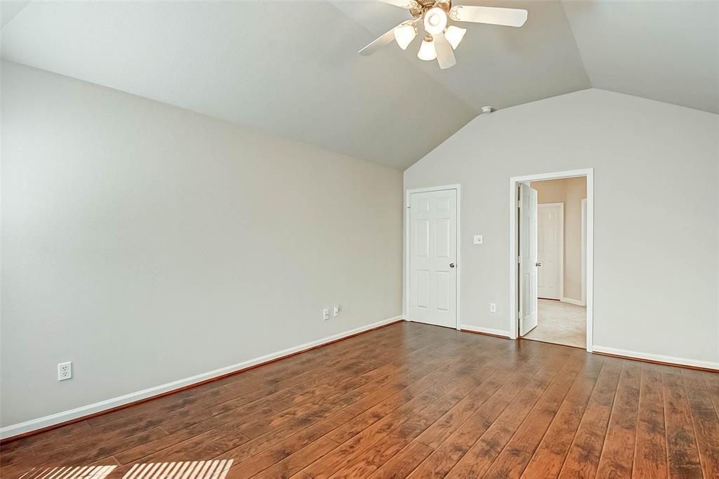 Pending | 6222 Southcott  Court Katy, TX 77450 27