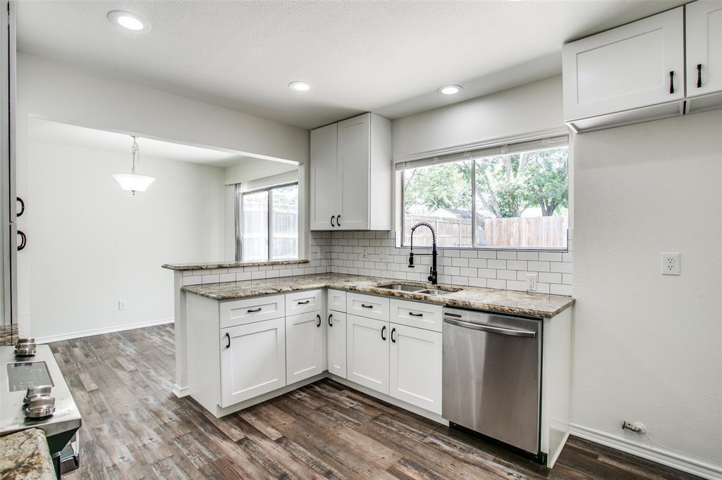 Sold Property   1625 Lexington  Place Bedford, TX 76022 10