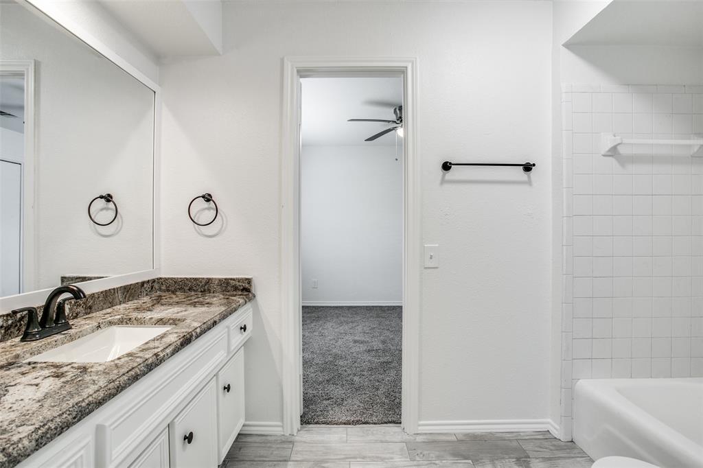 Sold Property   1625 Lexington  Place Bedford, TX 76022 18