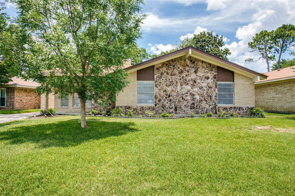 Sold Property   1625 Lexington  Place Bedford, TX 76022 23