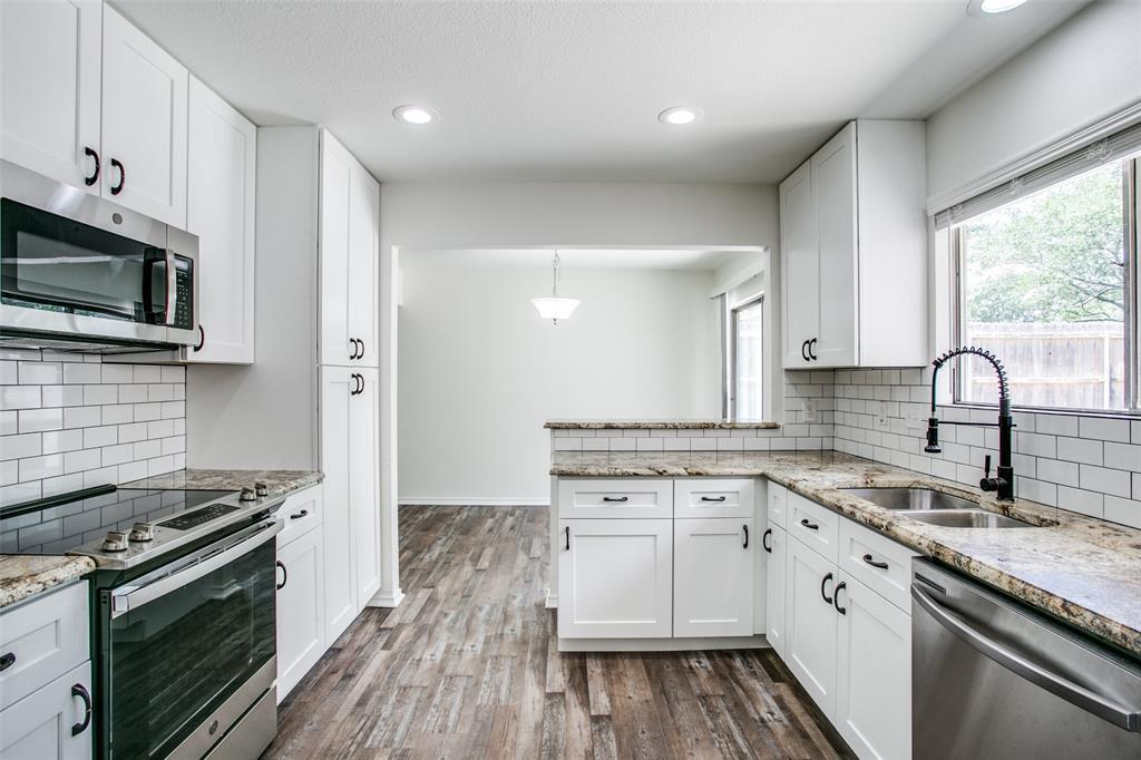 Sold Property   1625 Lexington  Place Bedford, TX 76022 7