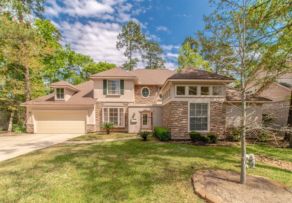 Pending | 26 N Plum Crest  Circle The Woodlands, TX 77382 1