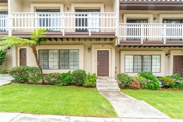 Closed | 412 Avenue G   #9 Redondo Beach, CA 90277 1