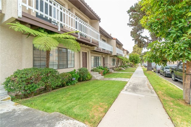 Closed | 412 Avenue G   #9 Redondo Beach, CA 90277 2