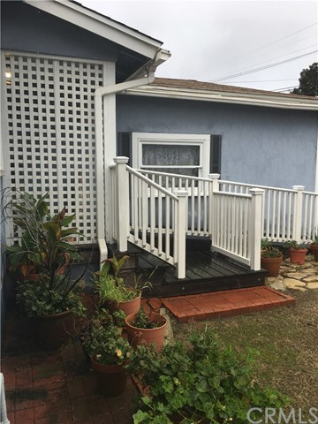 Closed | 1648 5th Street Manhattan Beach, CA 90266 1