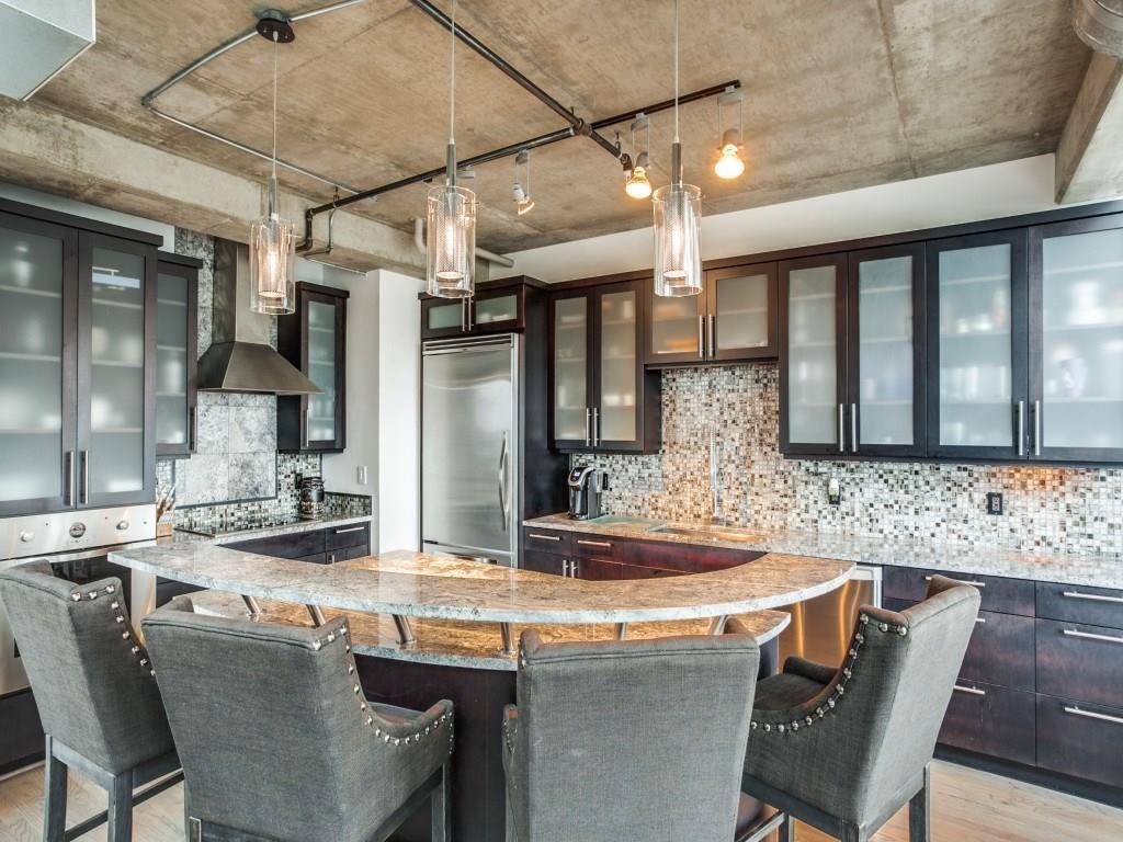 Sold Property | 2011 Cedar Springs Road #207 Dallas, Texas 75201 4