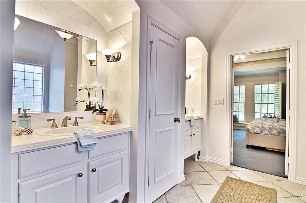 Sold Property | 3546 Granada Avenue University Park, Texas 75205 10