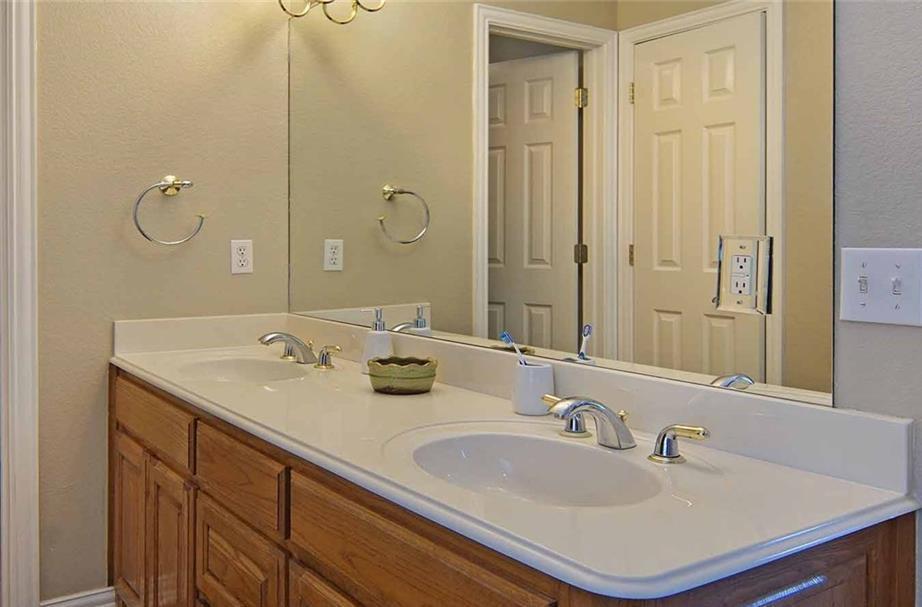 Sold Property   215 Remington Lane Weatherford, Texas 76085 16
