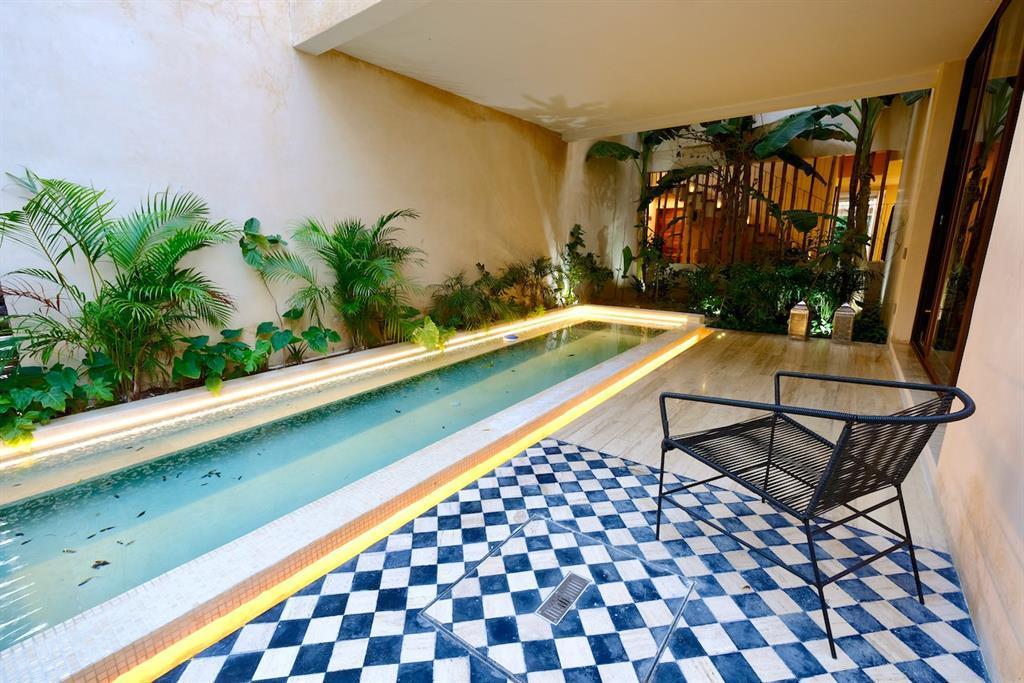 Active | 1 Kinich Ahaw   #208 Tulum Quintana Roo, Mexico 77760 6