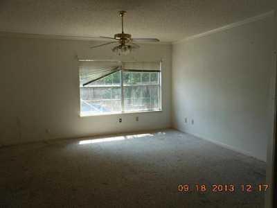 Sold Property | 521 Mercer Street Grand Prairie, Texas 75052 5