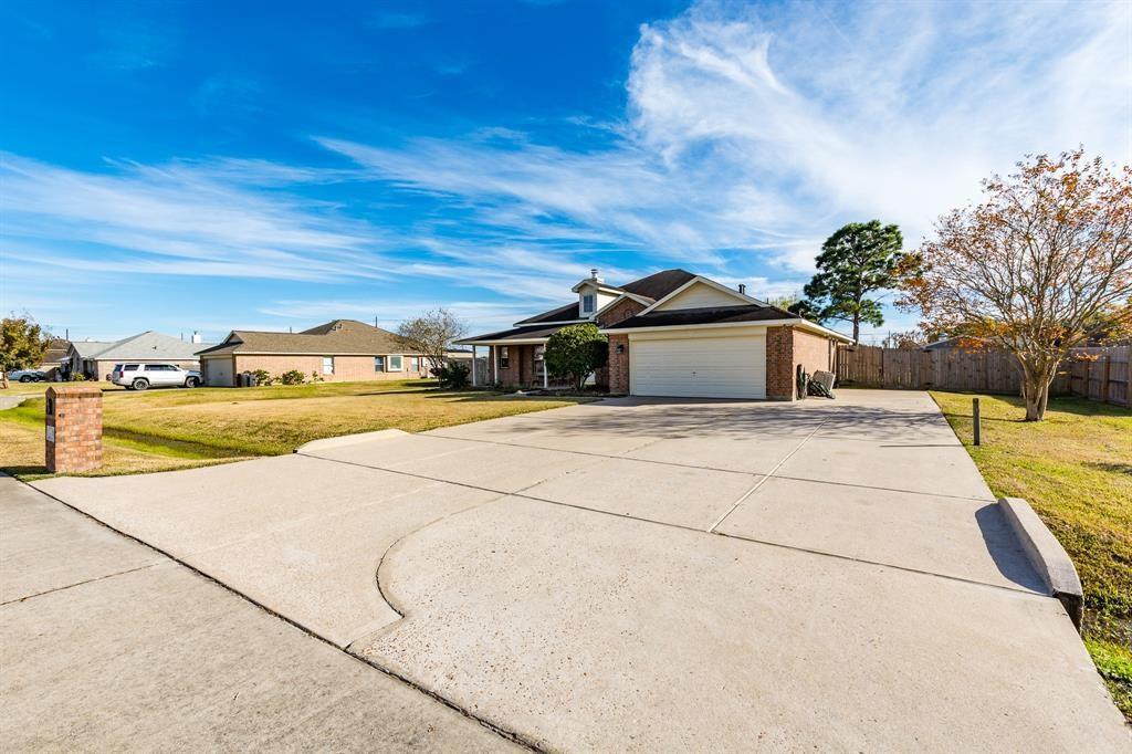 Active | 1814 Caroline  Avenue Baytown, TX 77523 1
