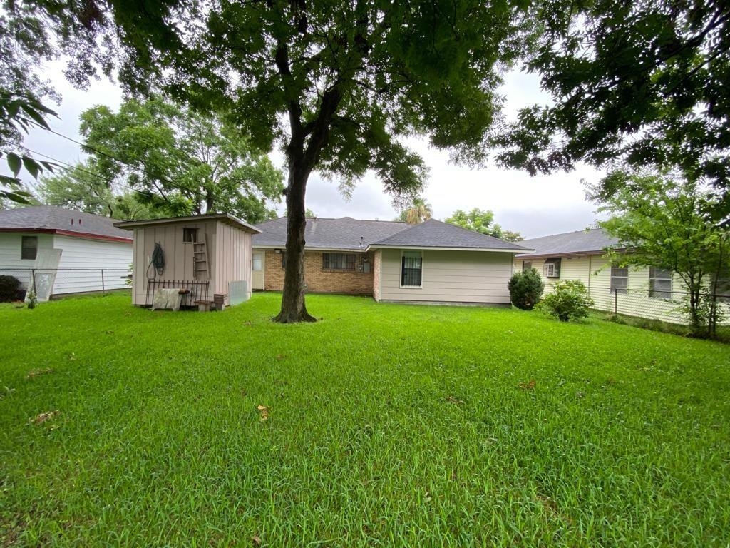 Pending | 3122 Hartwick  Road Houston, TX 77093 15
