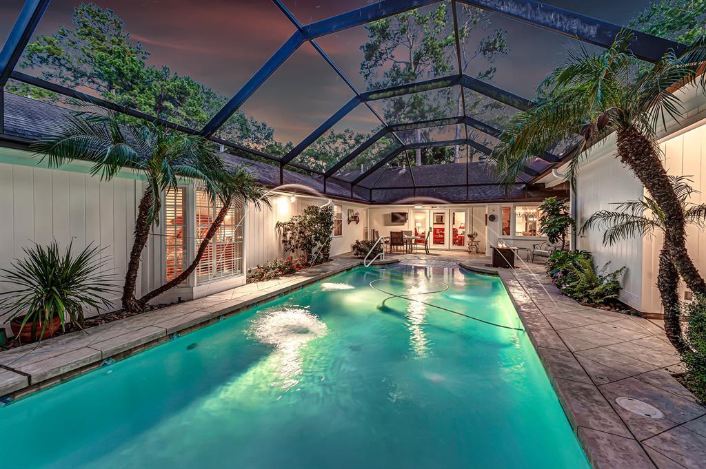 Briargrove Park, Houston House for sale, House with a pool,    10006 Cedar Creek  Drive Houston, TX 77042 2