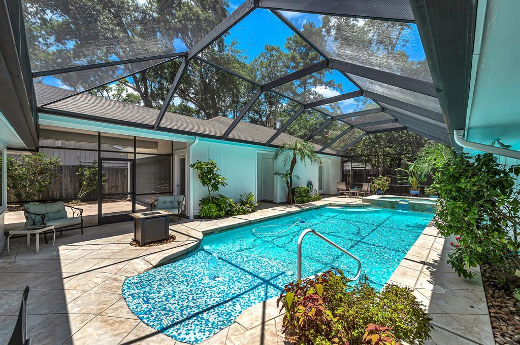 Briargrove Park, Houston House for sale, House with a pool,    10006 Cedar Creek  Drive Houston, TX 77042 35