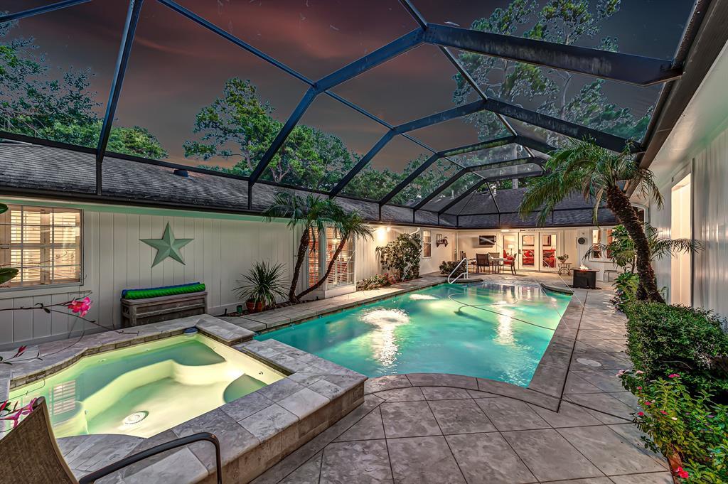 Briargrove Park, Houston House for sale, House with a pool,    10006 Cedar Creek  Drive Houston, TX 77042 37