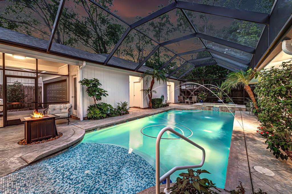 Briargrove Park, Houston House for sale, House with a pool,    10006 Cedar Creek  Drive Houston, TX 77042 39