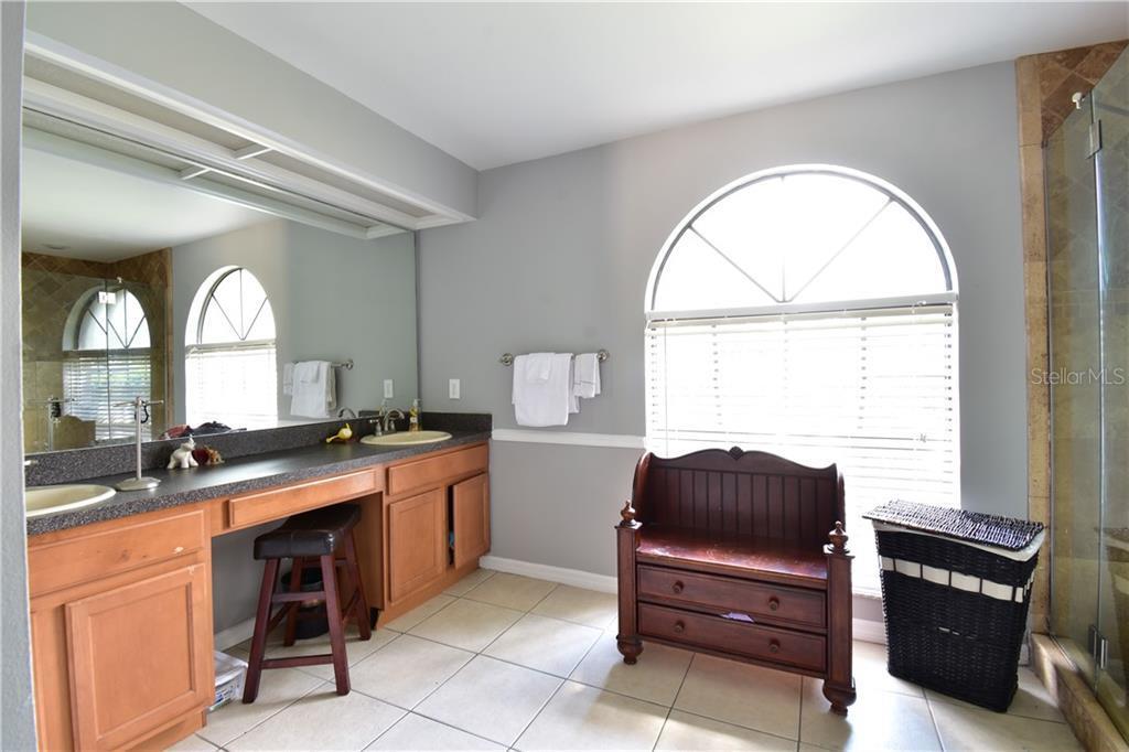 Sold Property | 3915 TURNBURY  STREET VALRICO, FL 33596 28