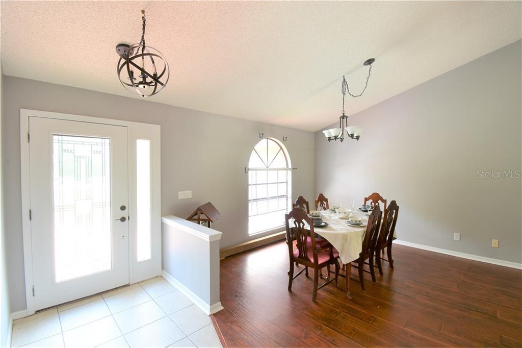 Sold Property | 3915 TURNBURY  STREET VALRICO, FL 33596 4