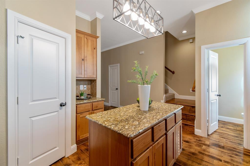 Sold Property | 3020 Carmel  Street Dallas, TX 75204 14