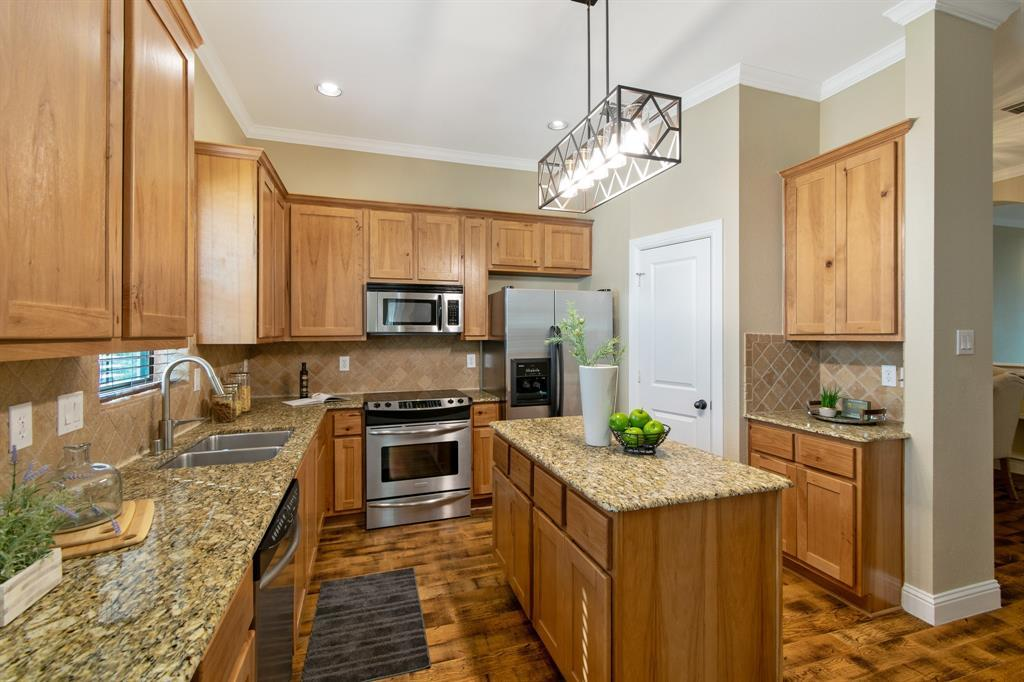 Sold Property | 3020 Carmel  Street Dallas, TX 75204 15