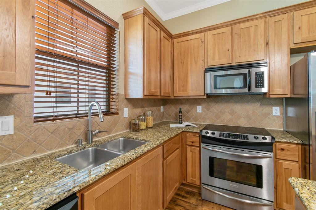 Sold Property | 3020 Carmel  Street Dallas, TX 75204 16