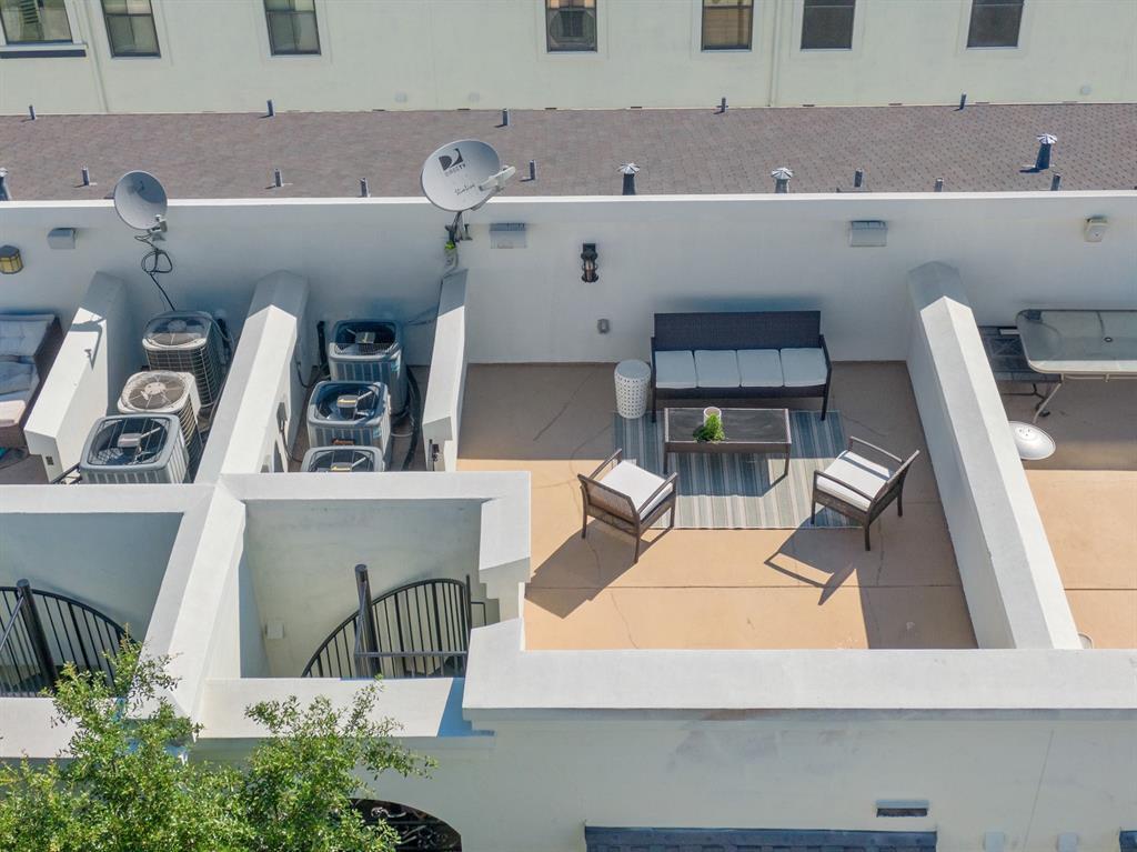 Sold Property | 3020 Carmel  Street Dallas, TX 75204 32