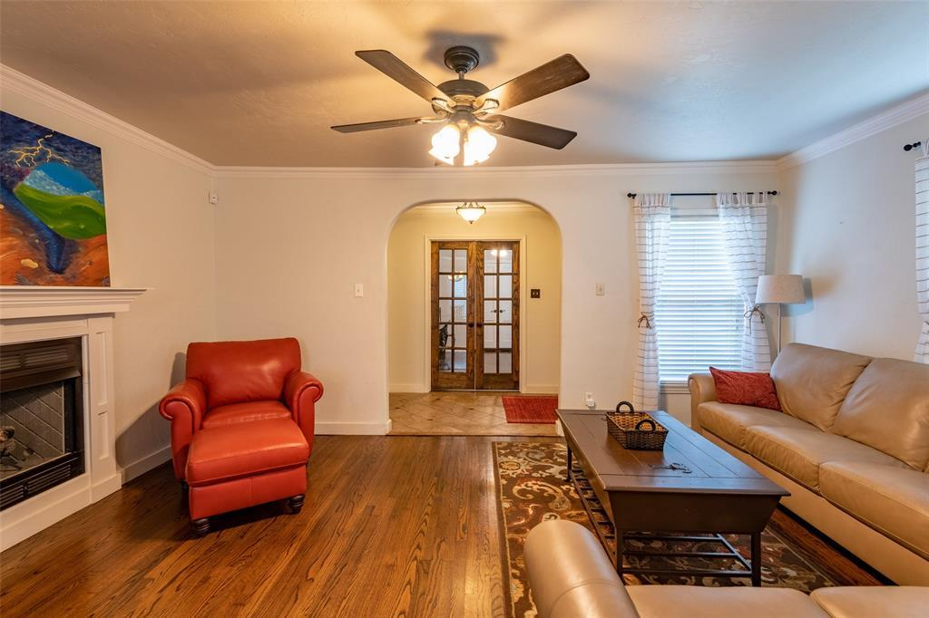 Sold Property | 6125 Malvey Avenue Fort Worth, Texas 76116 9