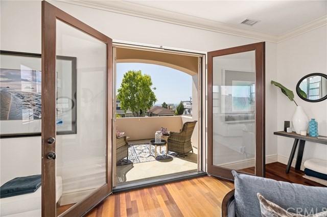 Active | 556 S Helberta  Avenue Redondo Beach, CA 90277 26