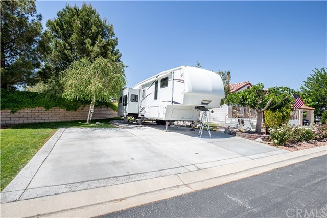 Closed | 11660 Wedgewood Drive Apple Valley, CA 92308 1
