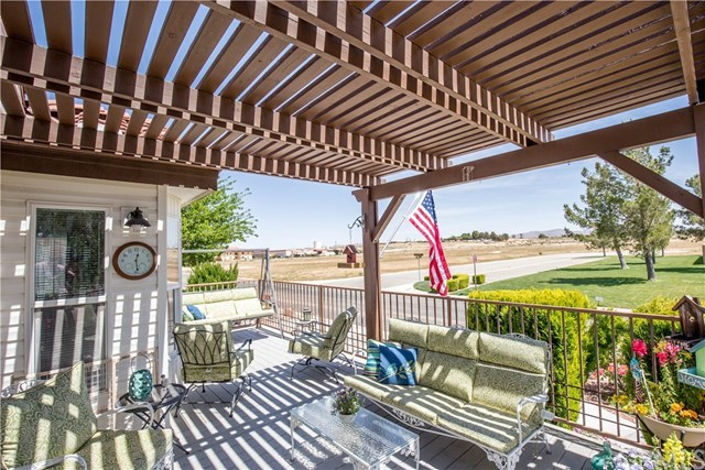 Closed | 11660 Wedgewood Drive Apple Valley, CA 92308 3