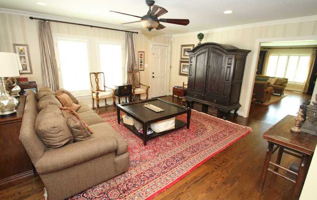 Sold Property | 3524 Southwestern Boulevard Dallas, TX 75225 7