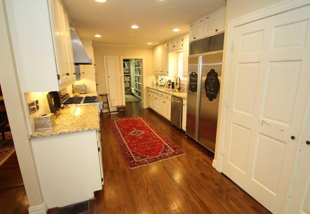 Sold Property | 3524 Southwestern Boulevard Dallas, TX 75225 5