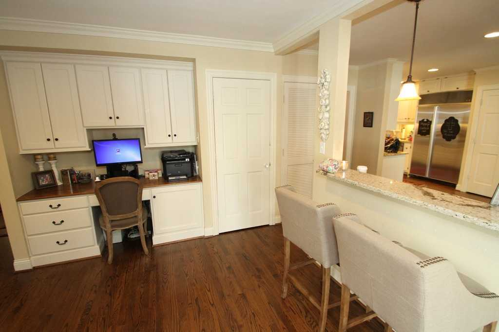 Sold Property | 3524 Southwestern Boulevard Dallas, TX 75225 3