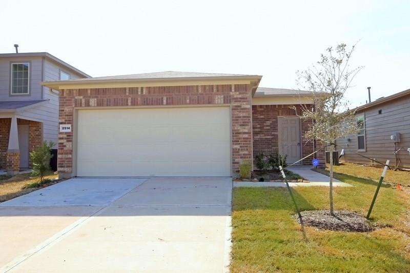 Pending | 2514 Skyview Silver  Drive Houston, TX 77047 1