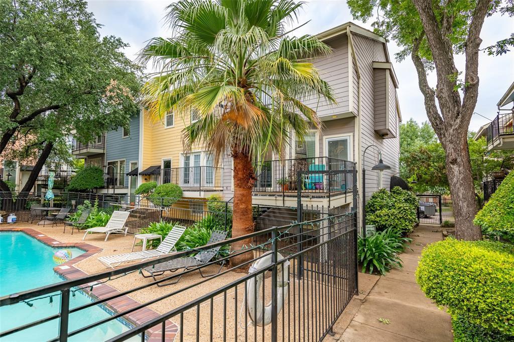 Sold Property | 8522 Park  Lane #24 Dallas, TX 75231 3