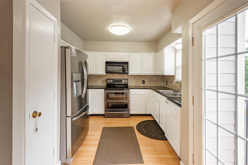 Sold Property | 8522 Park Lane #24 Dallas, Texas 75231 12