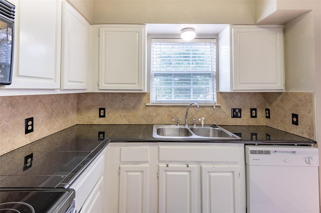 Sold Property | 8522 Park Lane #24 Dallas, Texas 75231 13