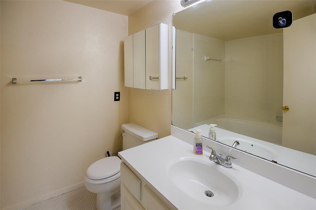 Sold Property | 8522 Park Lane #24 Dallas, Texas 75231 19