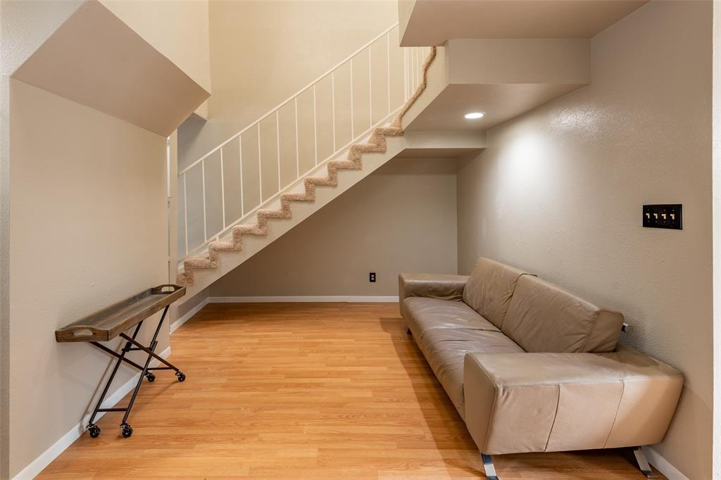 Sold Property | 8522 Park Lane #24 Dallas, Texas 75231 10