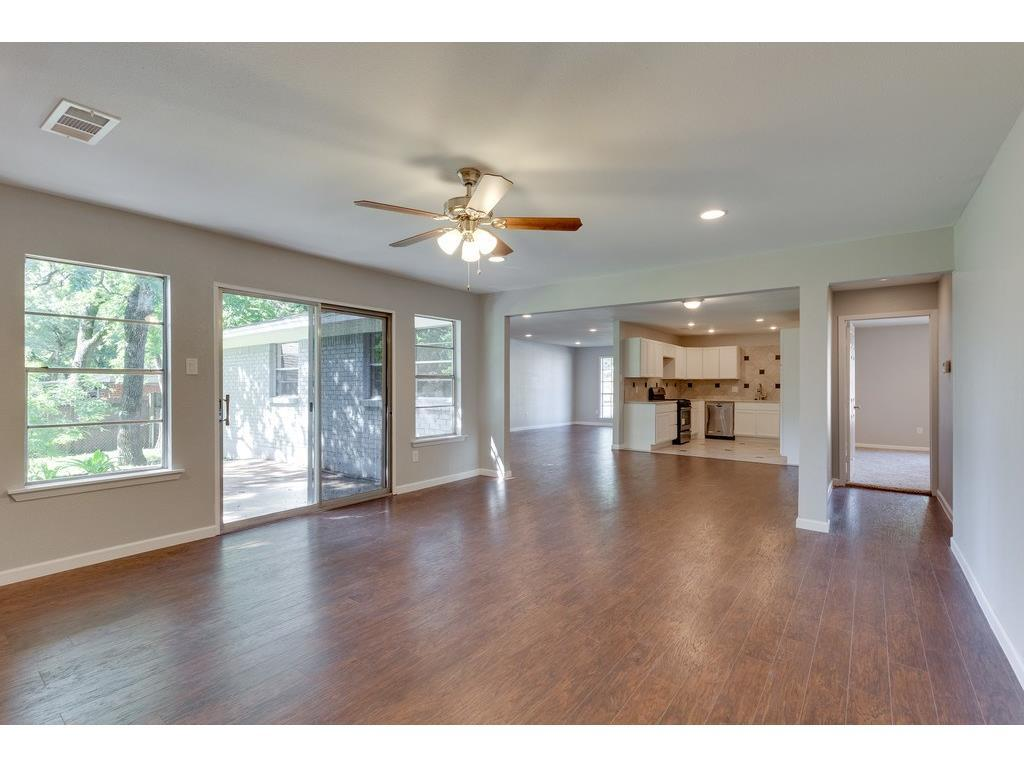 Sold Property | 161 Ravenswood Drive Bedford, Texas 76022 10