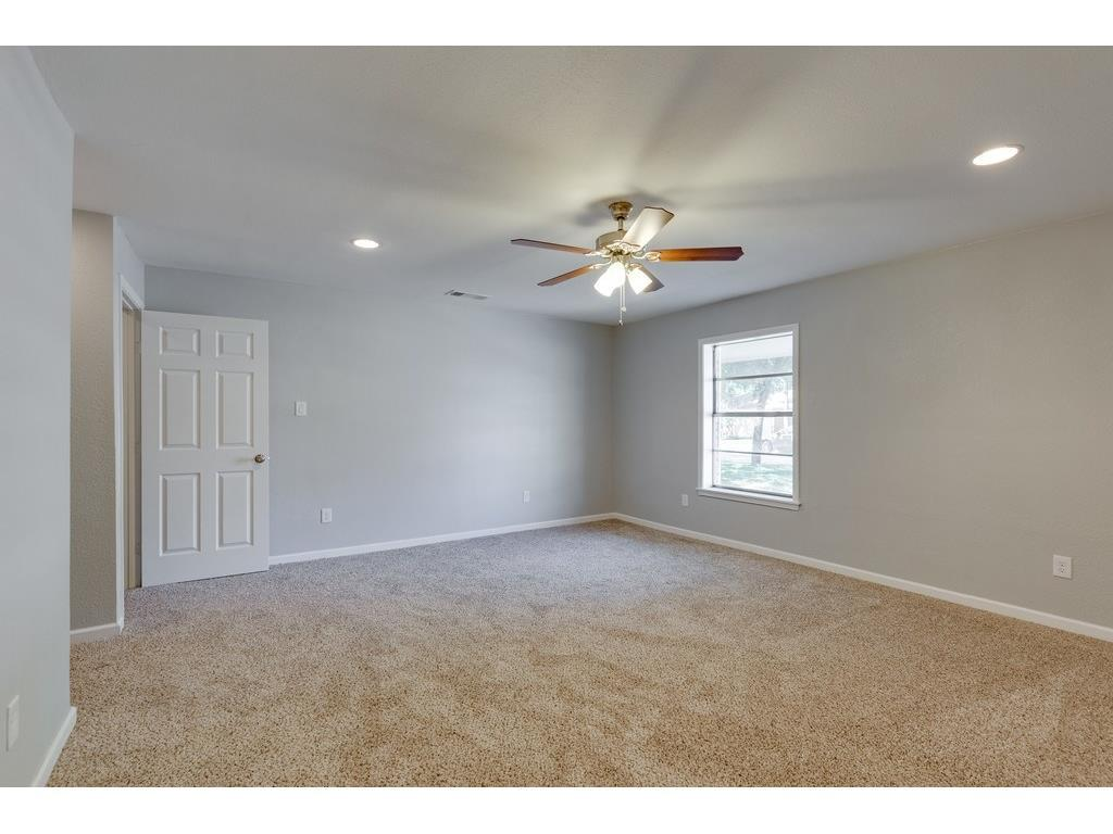 Sold Property | 161 Ravenswood Drive Bedford, Texas 76022 11