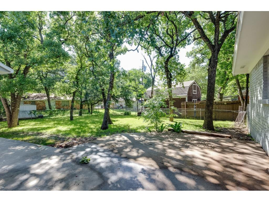 Sold Property | 161 Ravenswood Drive Bedford, Texas 76022 20