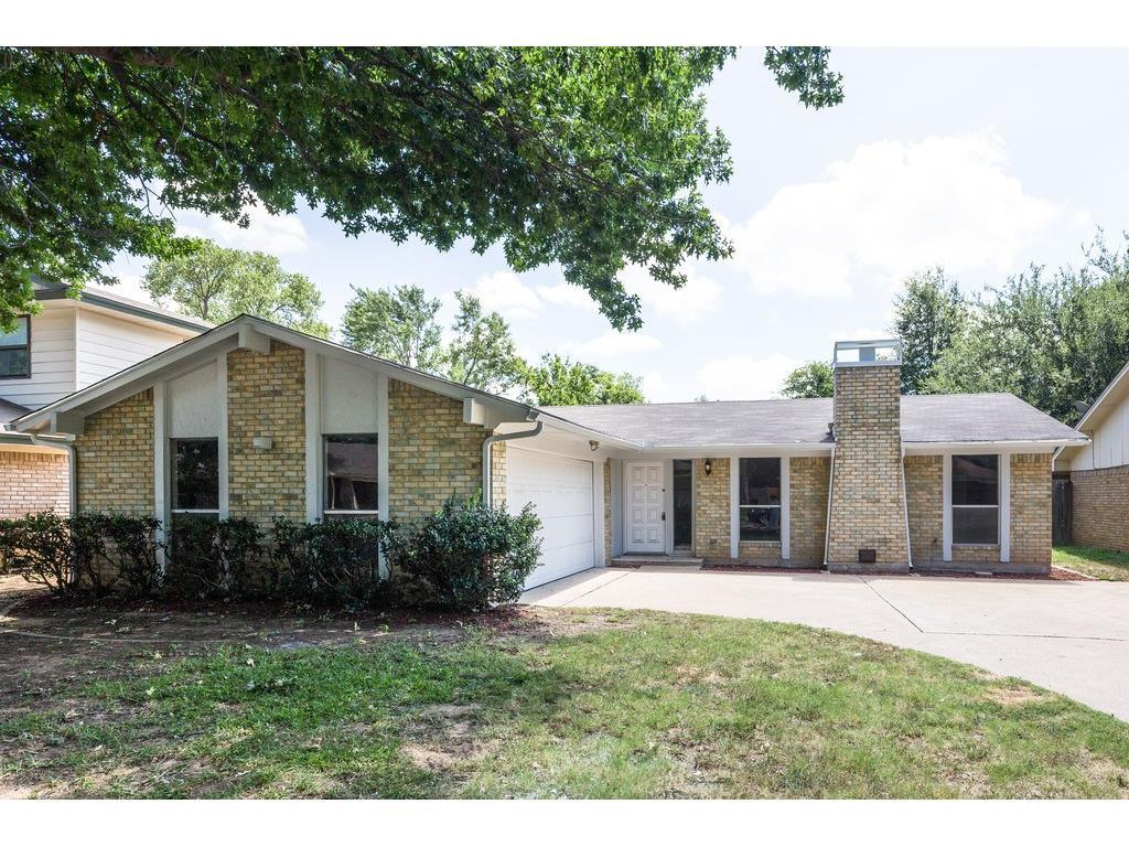 Sold Property | 924 Columbus Court Bedford, Texas 76022 0