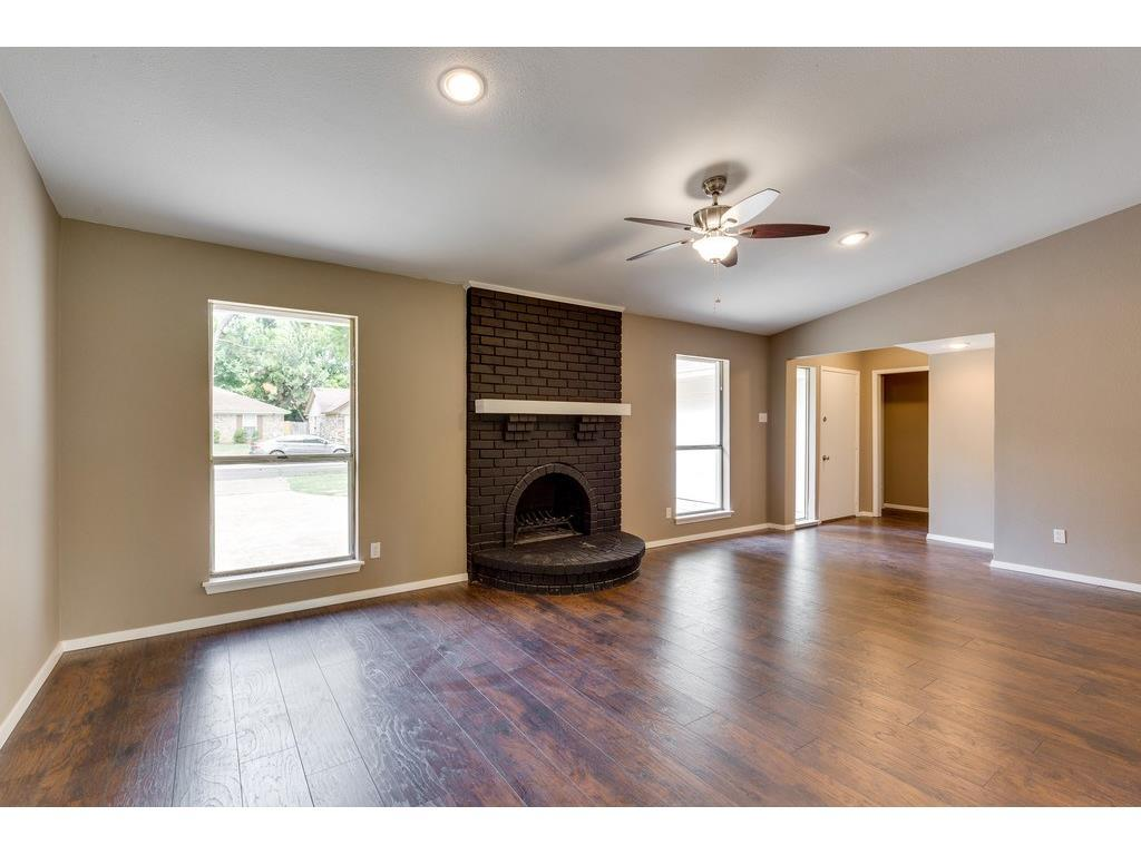Sold Property | 924 Columbus Court Bedford, Texas 76022 11